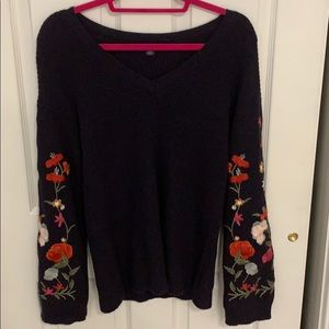 Floral Embroidered Bell Sleeve Sweater